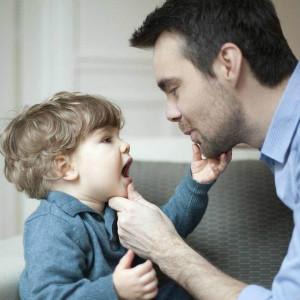 如何训练自闭症儿童的模仿能力(非语言类)