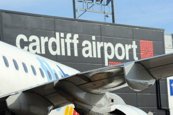 英国家庭去希腊旅游,回国后才发现自闭症儿子被落在机场