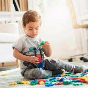 如何开发适合自闭症孩子年龄的强化物