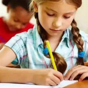 自闭症孩子办理随班就读的利弊