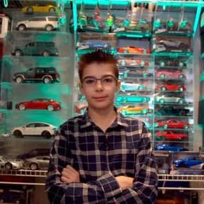 自闭症天才少年:这些微型汽车场景摄影作品出自他手