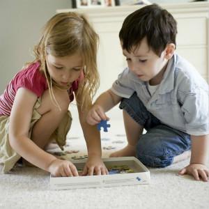 自闭症配对教学从拼图开始(认知训练)