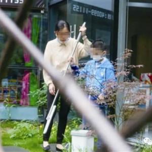 宁波10名大龄自闭症孩子就业体验:管了一天店