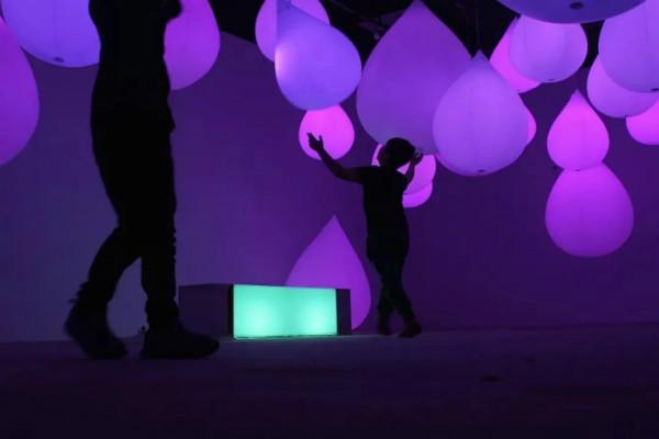 厦门设计团体Seeeklab献给自闭症儿童互动装置艺术展